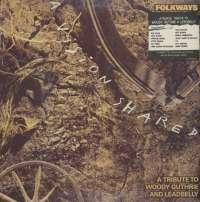 Gramofonska ploča Folkways A Vision Shared - A Tribute To Woody Guthrie And Leadbelly CBS 460905 1, stanje ploče je 10/10