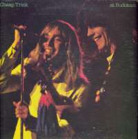 Gramofonska ploča Cheap Trick Cheap Trick At Budokan FE 35795, stanje ploče je 8/10