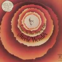 Gramofonska ploča Stevie Wonder Songs In The Key Of Life LPLD 0292, stanje ploče je 10/10