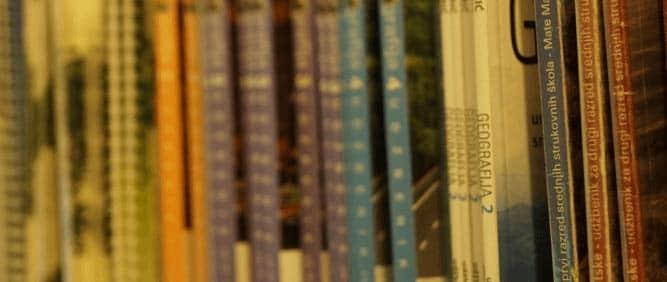 Ezop antikvarijat udžbenici školske knjige đaci